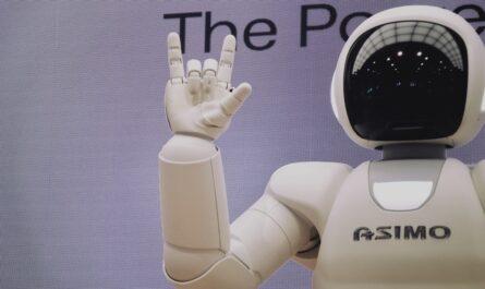 Humanoidní robot v podání robota ASIMO.